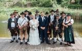 Hochzeitsböllern für Patrik Antoni und seine charmante Frau, Foto von Veronika Endriß | fotomanin.com