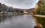 Kloster Weltenburg vom Donau-Durchbruch aus gesehen